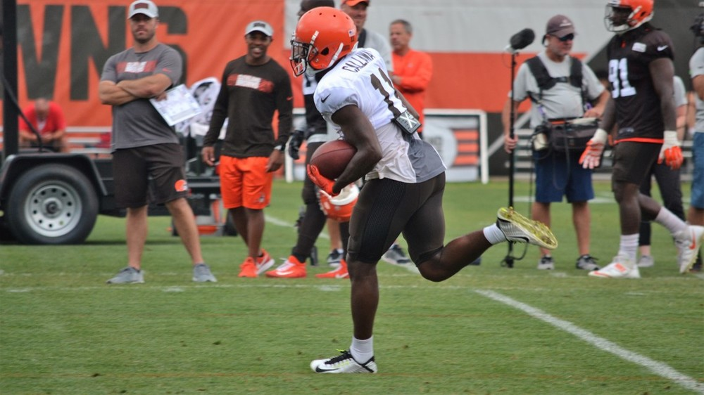 Hue Jackson 'surprised' by Cleveland Browns WR Antonio Callaway being cited  .